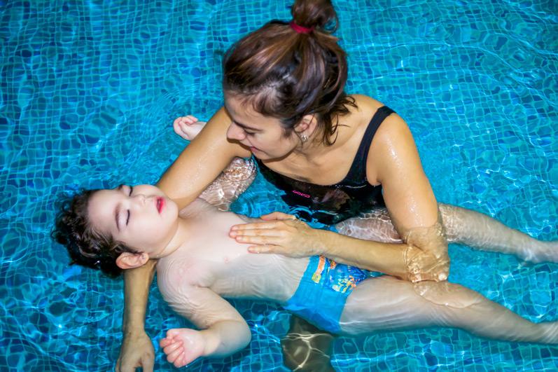 centro-educativo-especial-parálisis-cerebral-piscina-Talavera