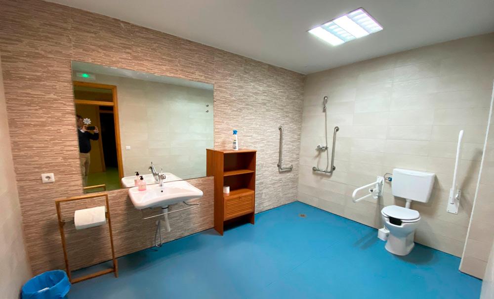 Reforma de cuarto baño adaptado financiado por Fundación ONCE